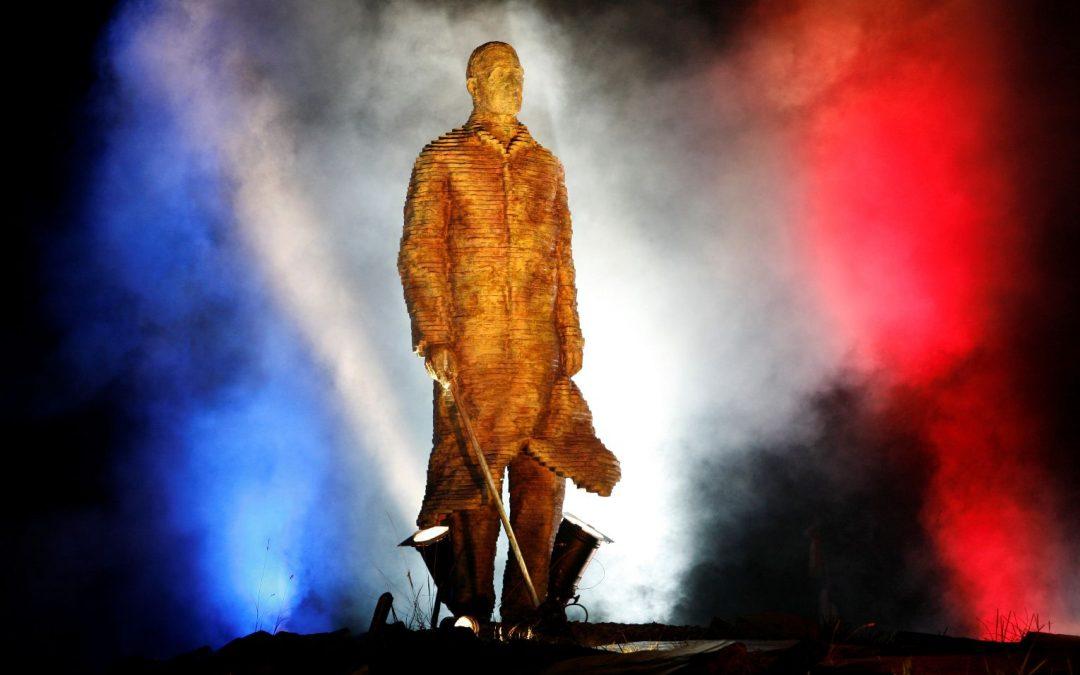 Sculpture monumentale Le Général de Gaulle